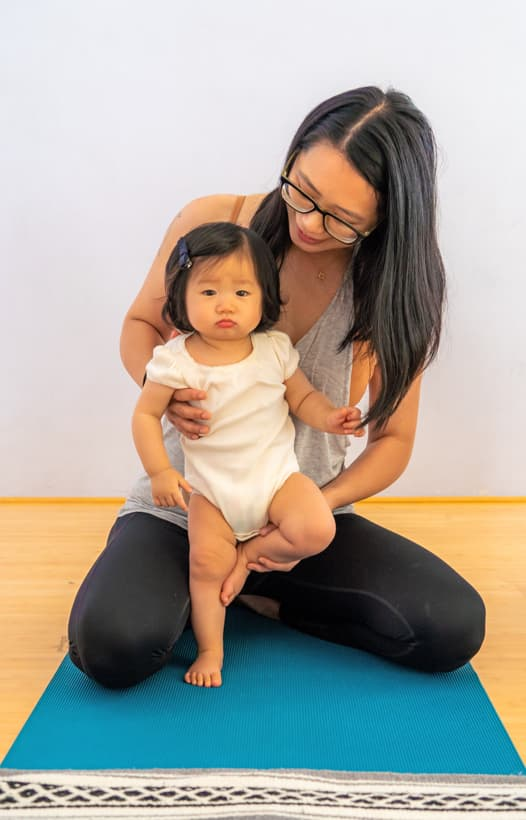 It's Yoga Kids - Baby and Mom
